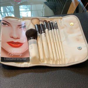 Professional Satina Beauty Makeup Brushes w/case
